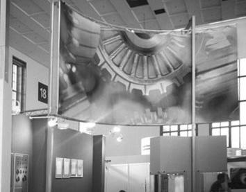 Stojnica Kolektorja v Berlinu >> Kolektor Berlin stand design